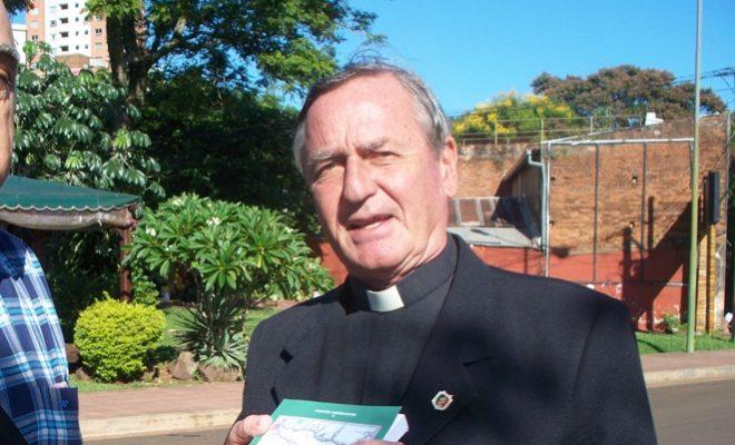 Luego de más de 12 años de servicio el Padre Jorge Chichizola fue destinado a otra comunidad.